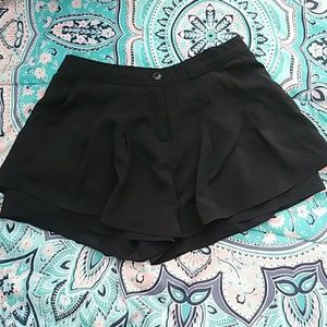 Edge Pleated Black Dress Short Sz M